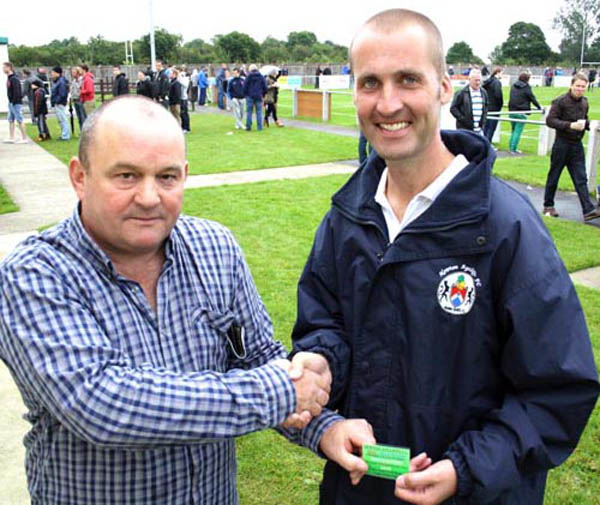 Superfan Donates £2k to Aycliffe F.C.