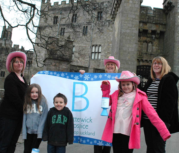 Aycliffe Families Sign up for Charity Walk