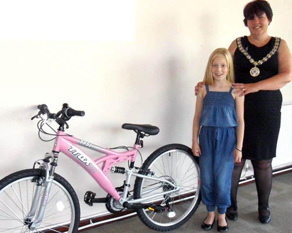 Hannah Wins a Bike