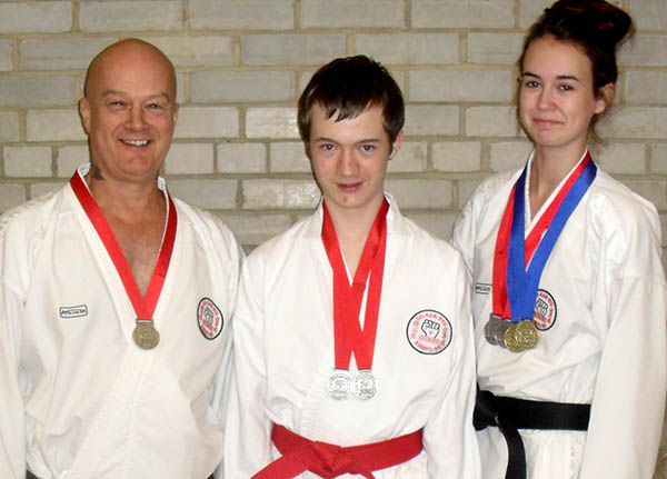 Newtonians Qualify for National Championships