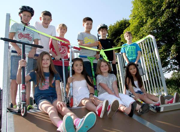 Children Open New Heighington Skate Park Opened
