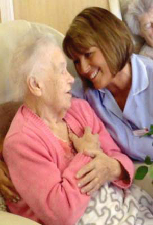 """Aycliffe Duo First in UK  """"Care Home Idol"""" Contest"""