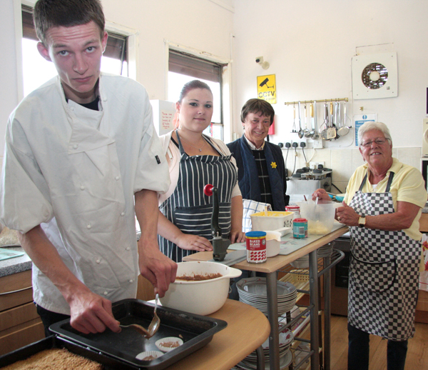 Young Volunteer Chef at The Cubby