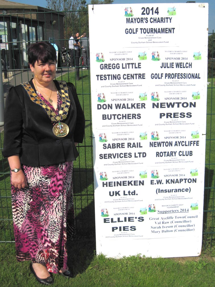 Mayor's Golf Tournament Raised Over £500 For Charity