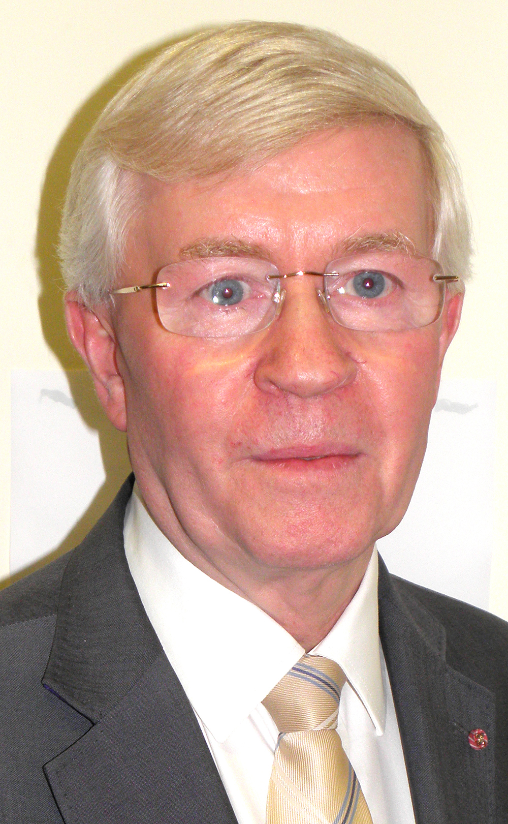 Aycliffe Professor Appointed New NHS Trust Chairman