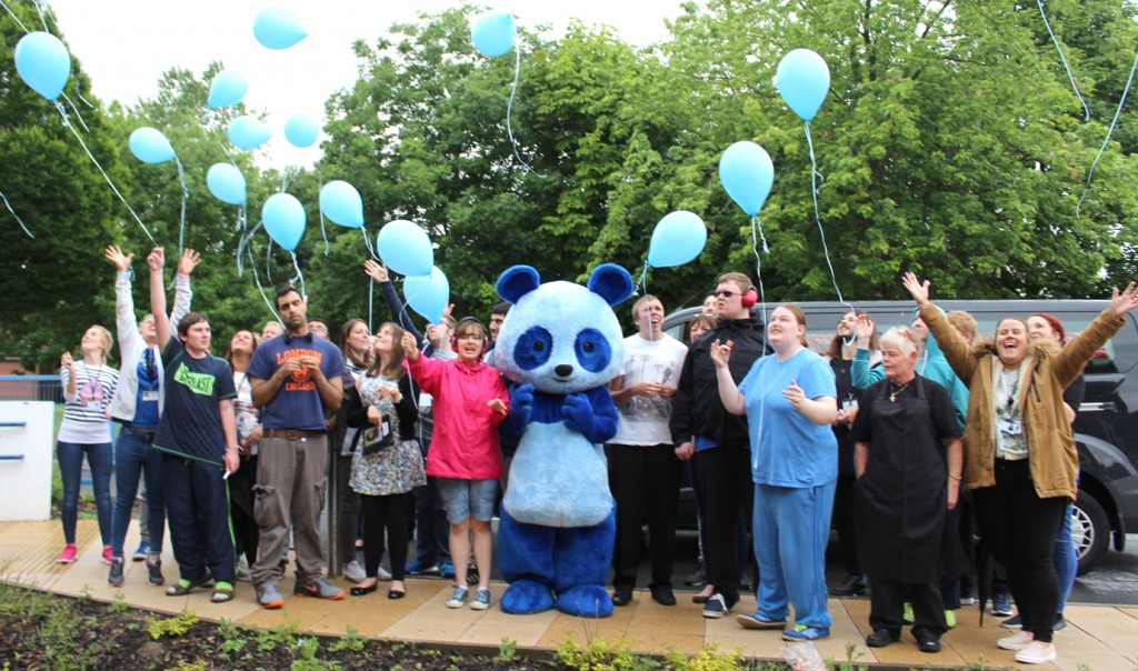 Balloon release at North East Centre for Autism (2)