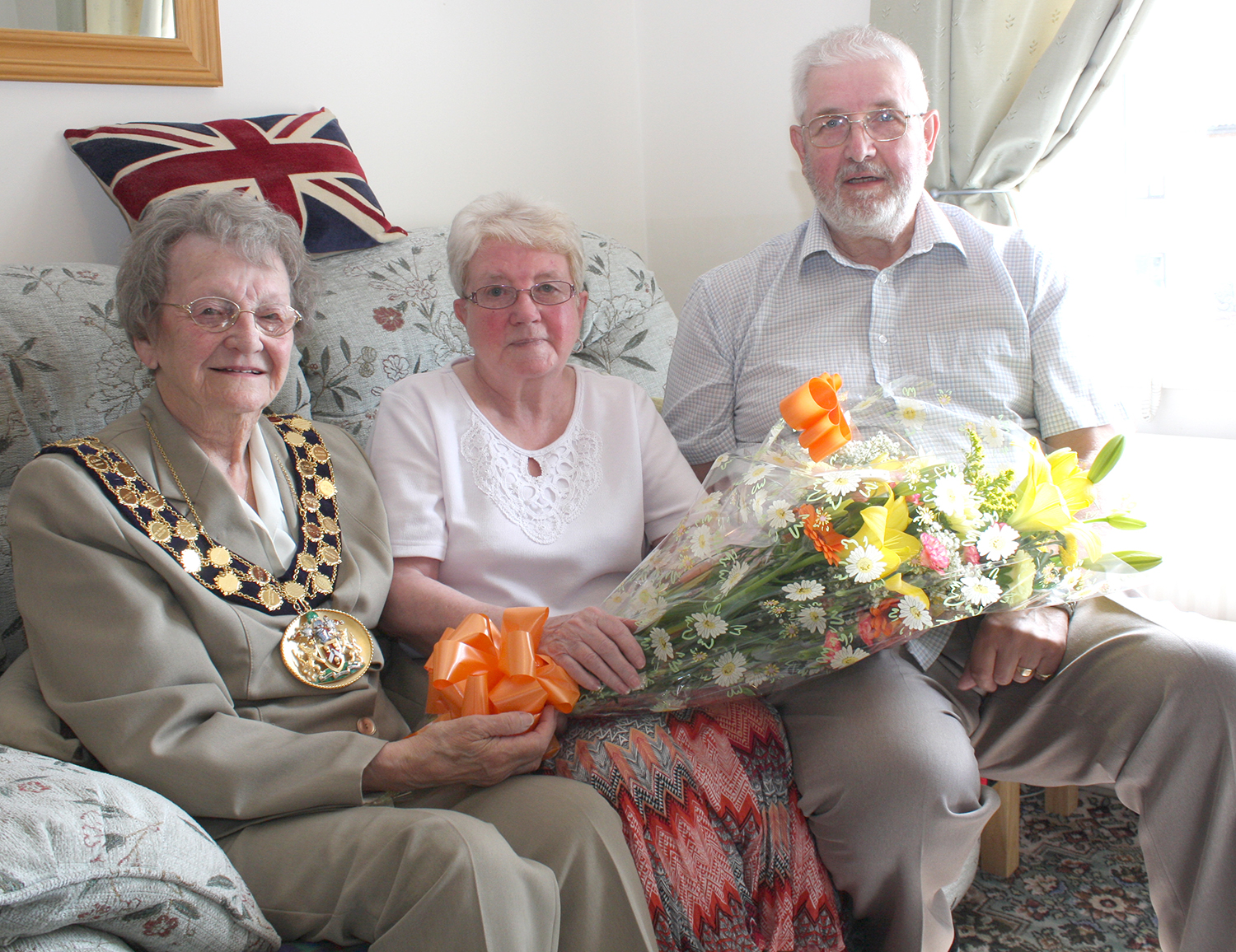 Mayor Calls on Golden Anniversary Couple