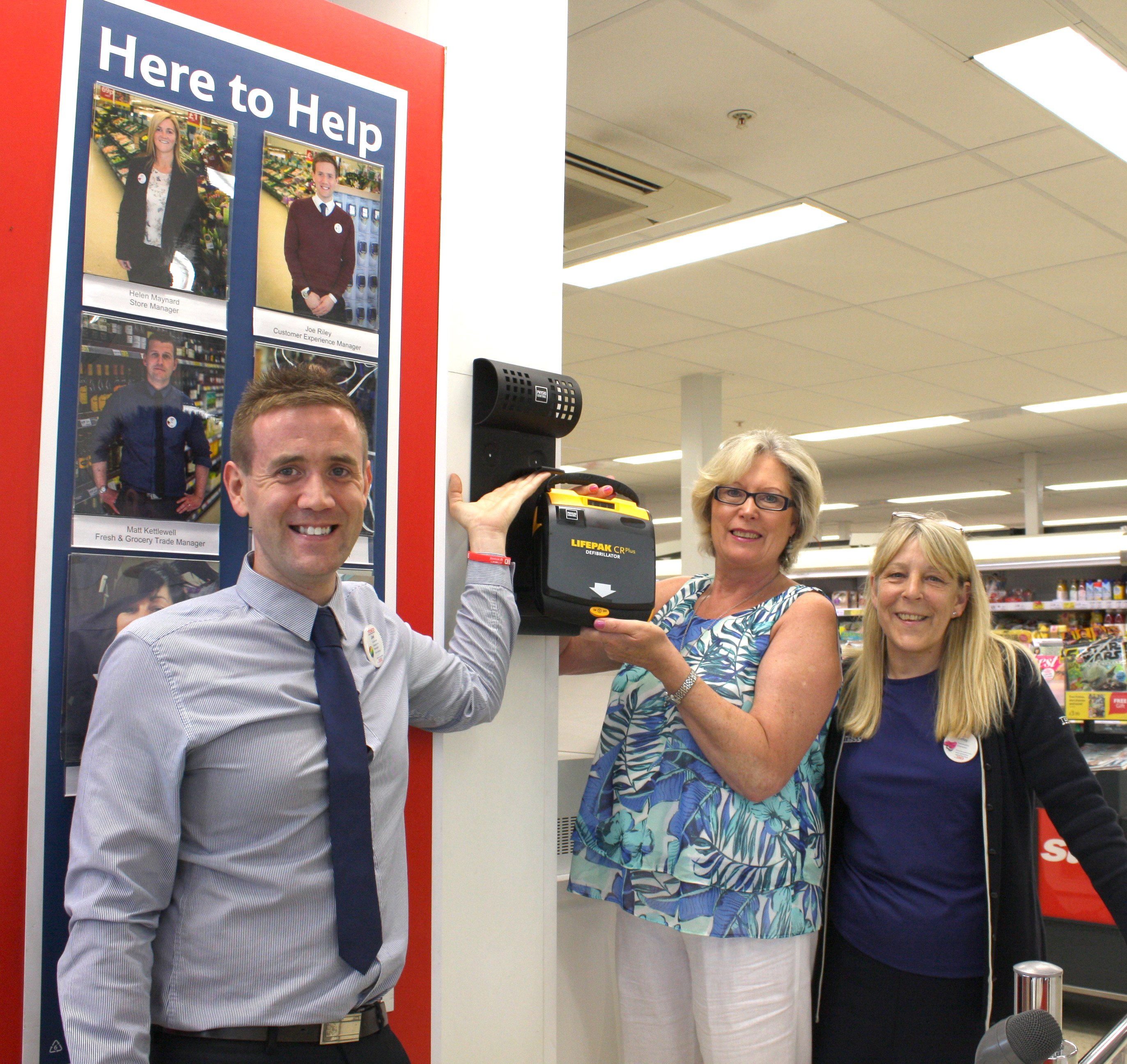 Town's Rotary Club Install Defibrillator in Tesco's