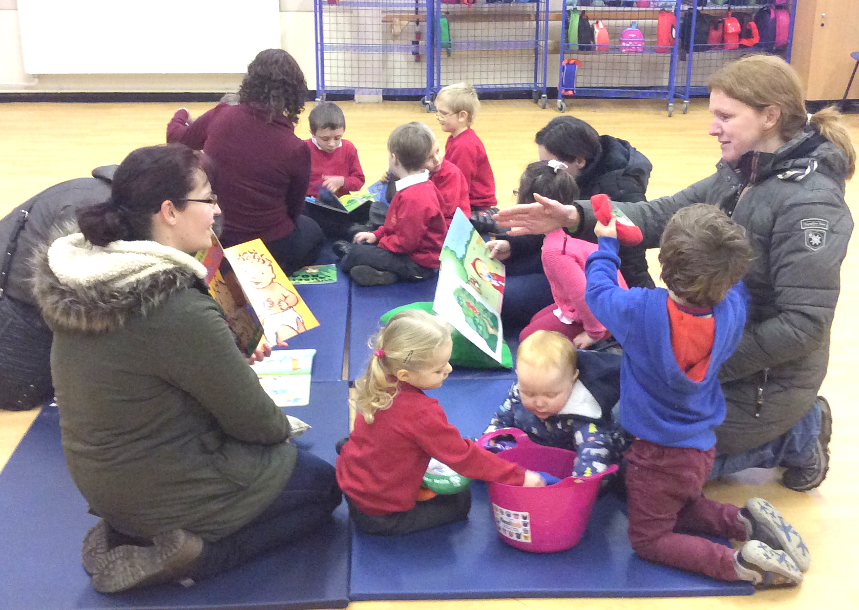 School Hold Reading Cafe