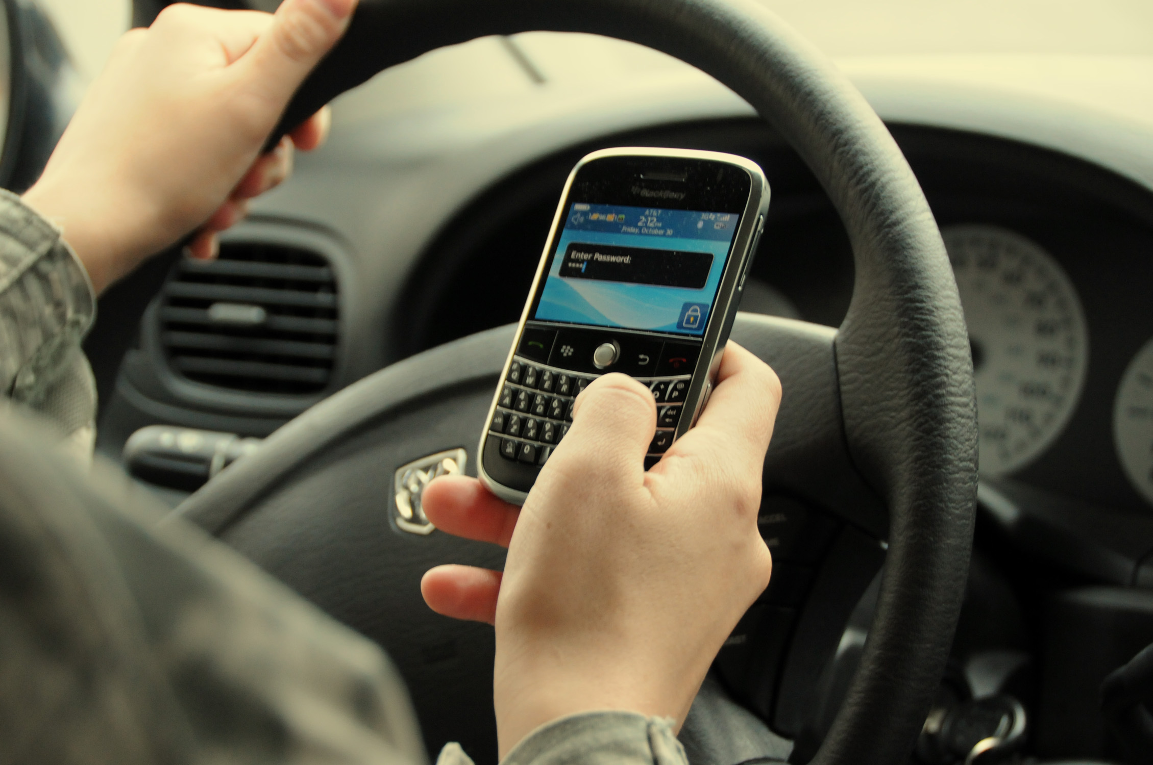 Bigger Fines for Using Mobile Phone Whilst Driving