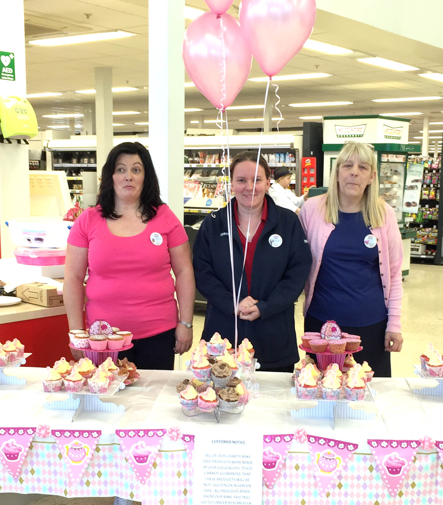 """Pink Tesco Staff Support """"Race for Life"""""""