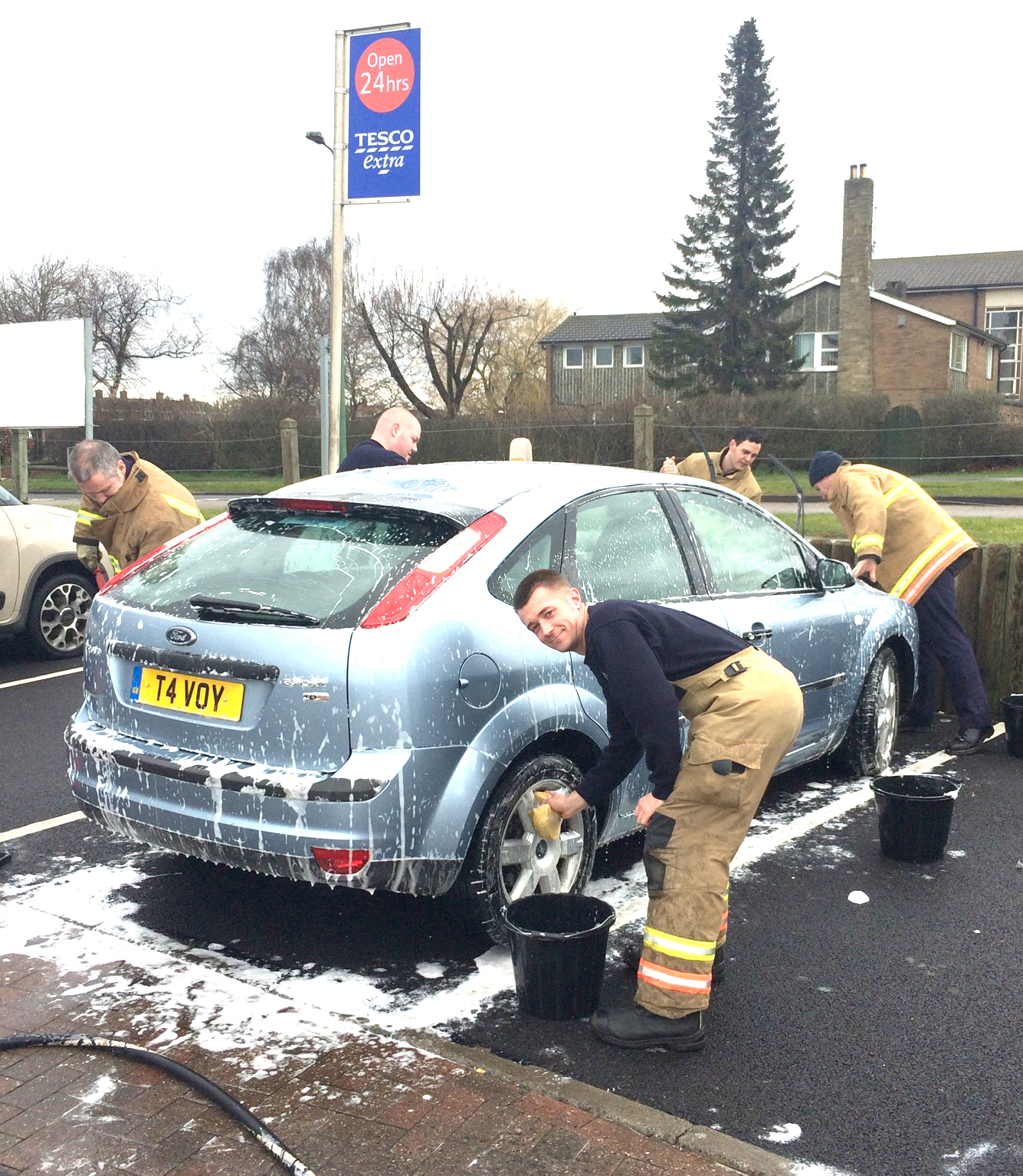 Car Wash for Firefighter's Charity