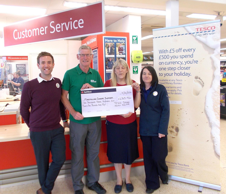 Tesco Raise £1365 for Macmillan Support