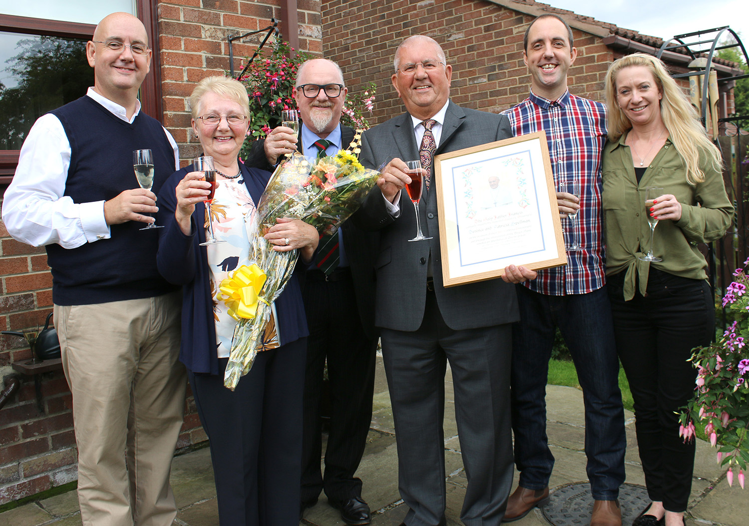 Papal Blessing for Golden Wedding Couple