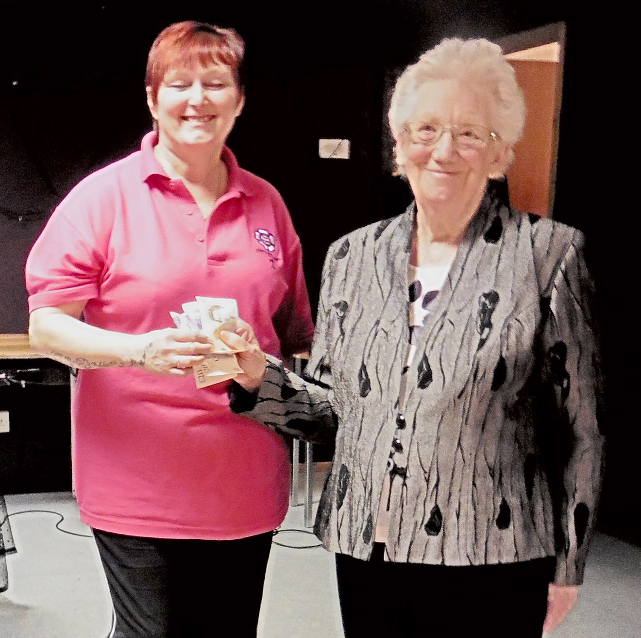 Town Club Entertained by Cancer Supporter