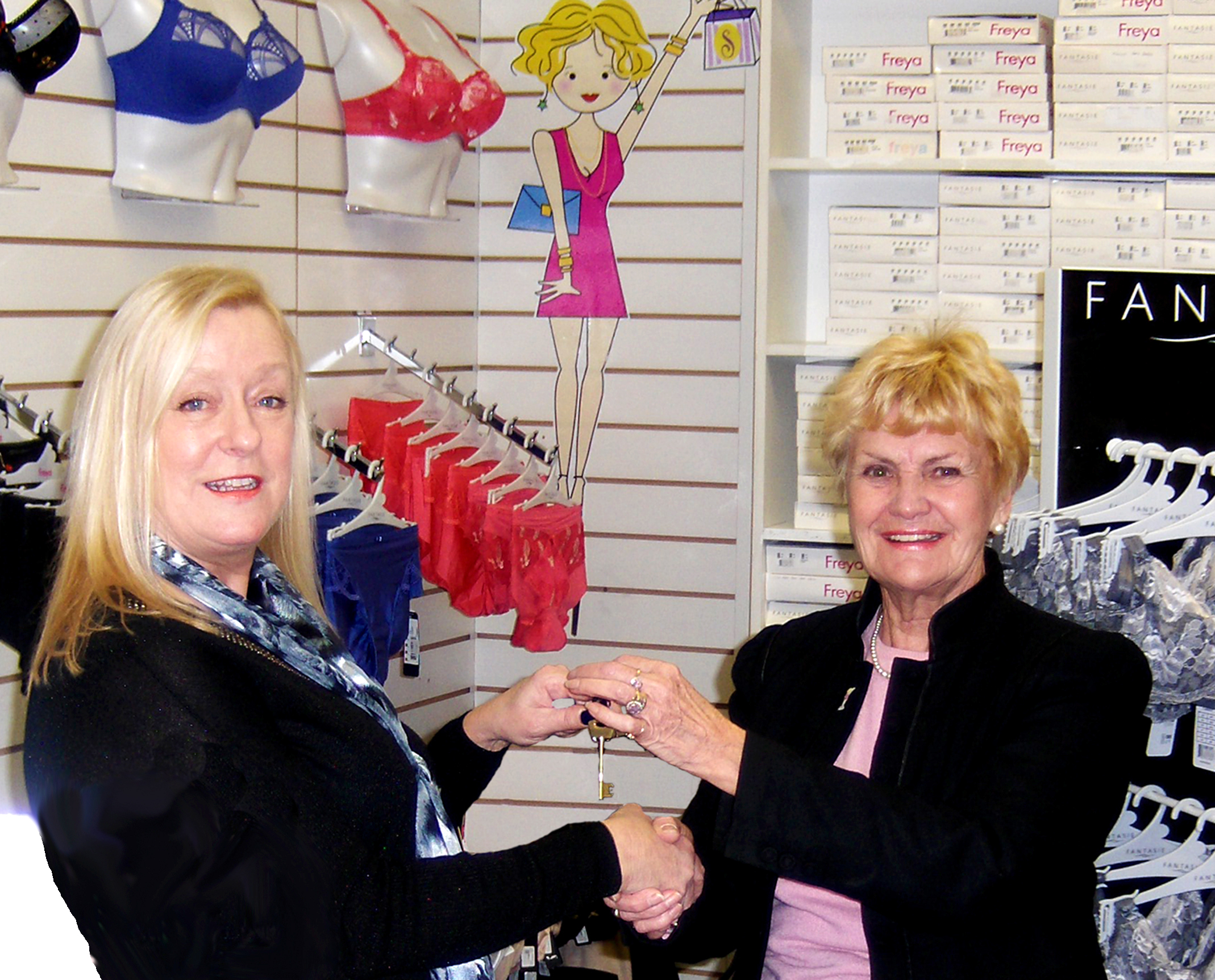 Newtonian Takes Over Bra Lady Business