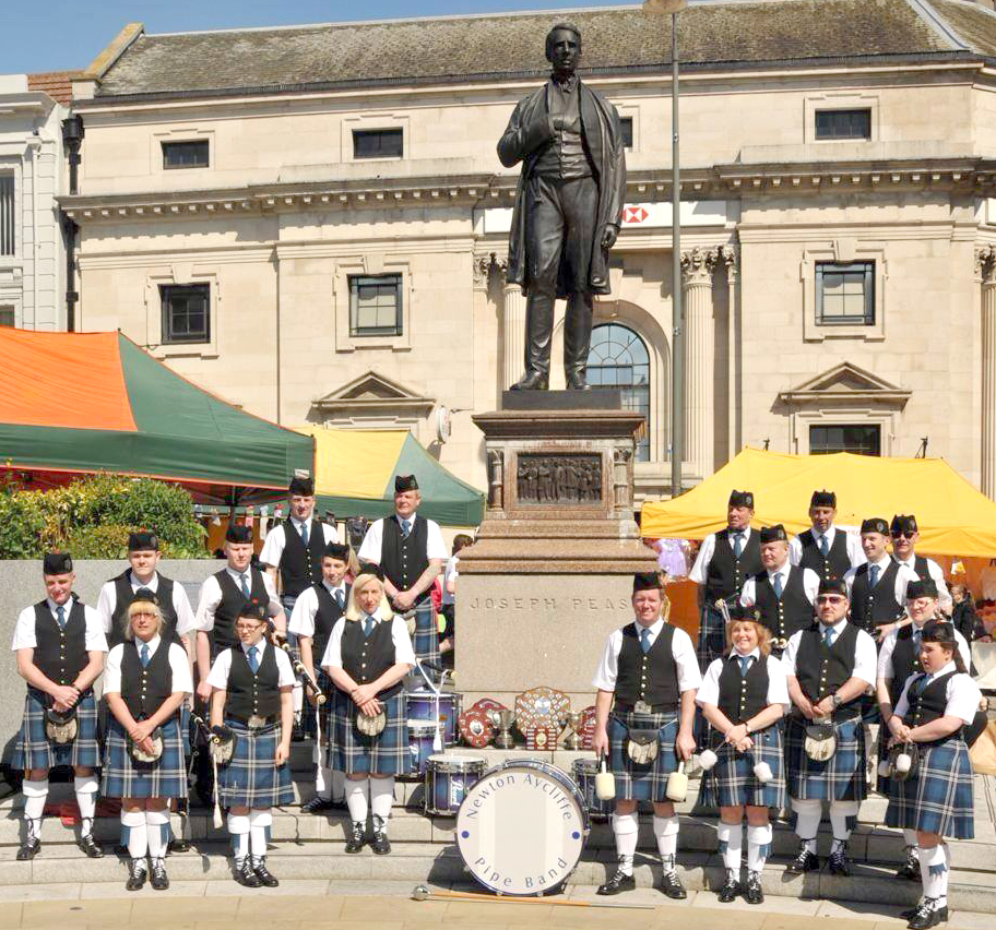 Town's Pipe Band Support MRI Scanner Appeal