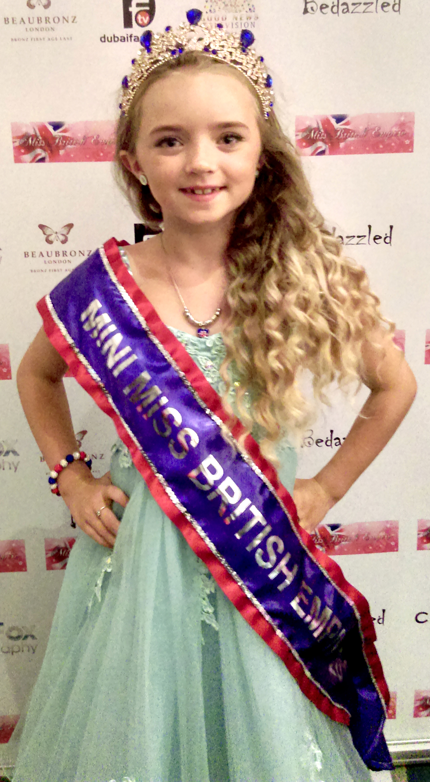 7 Year Old Newtonian Wins Pageant – Next Stop, India