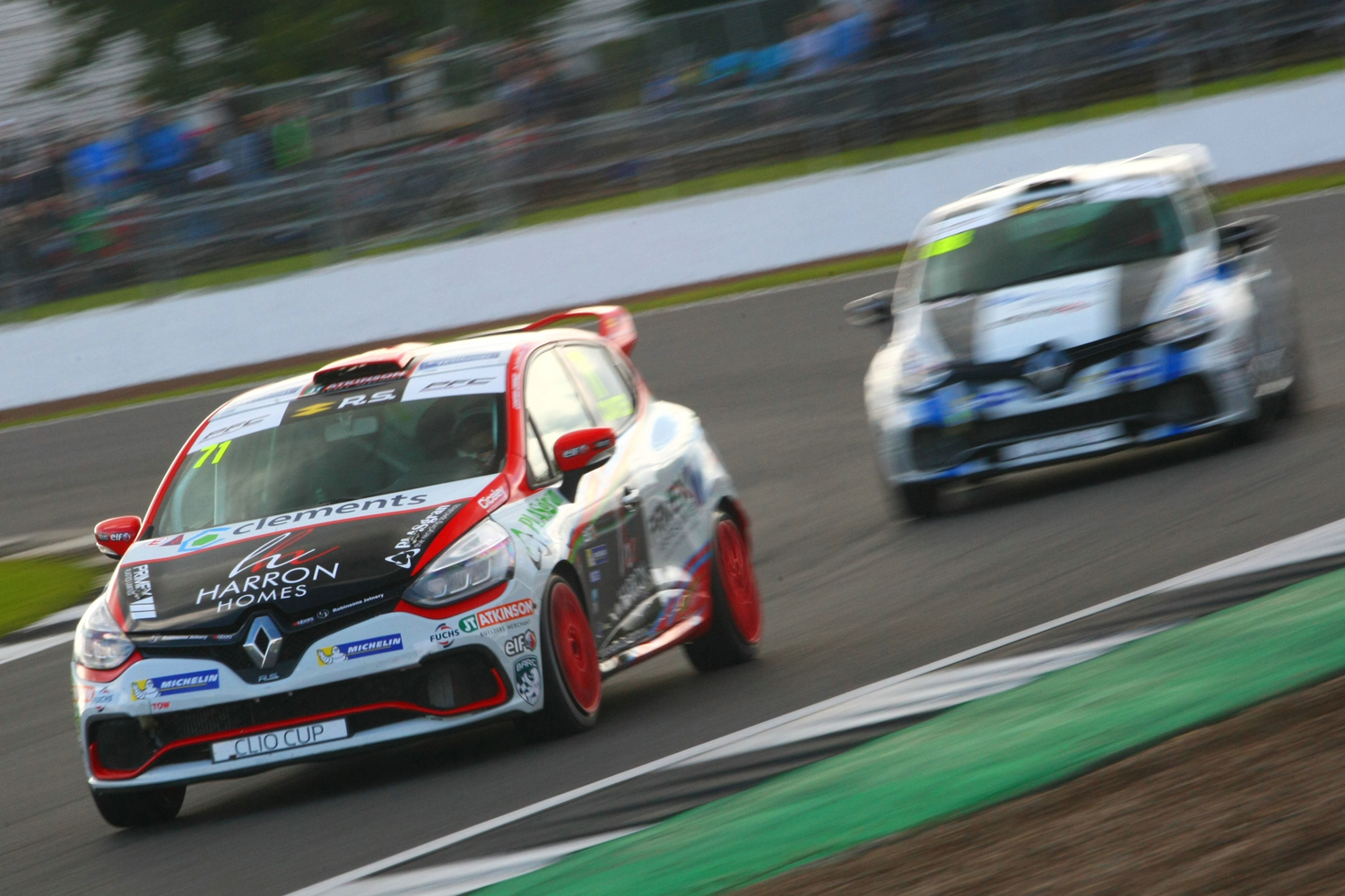 Overtakes Galore as Coates Finishes 4th at Silverstone