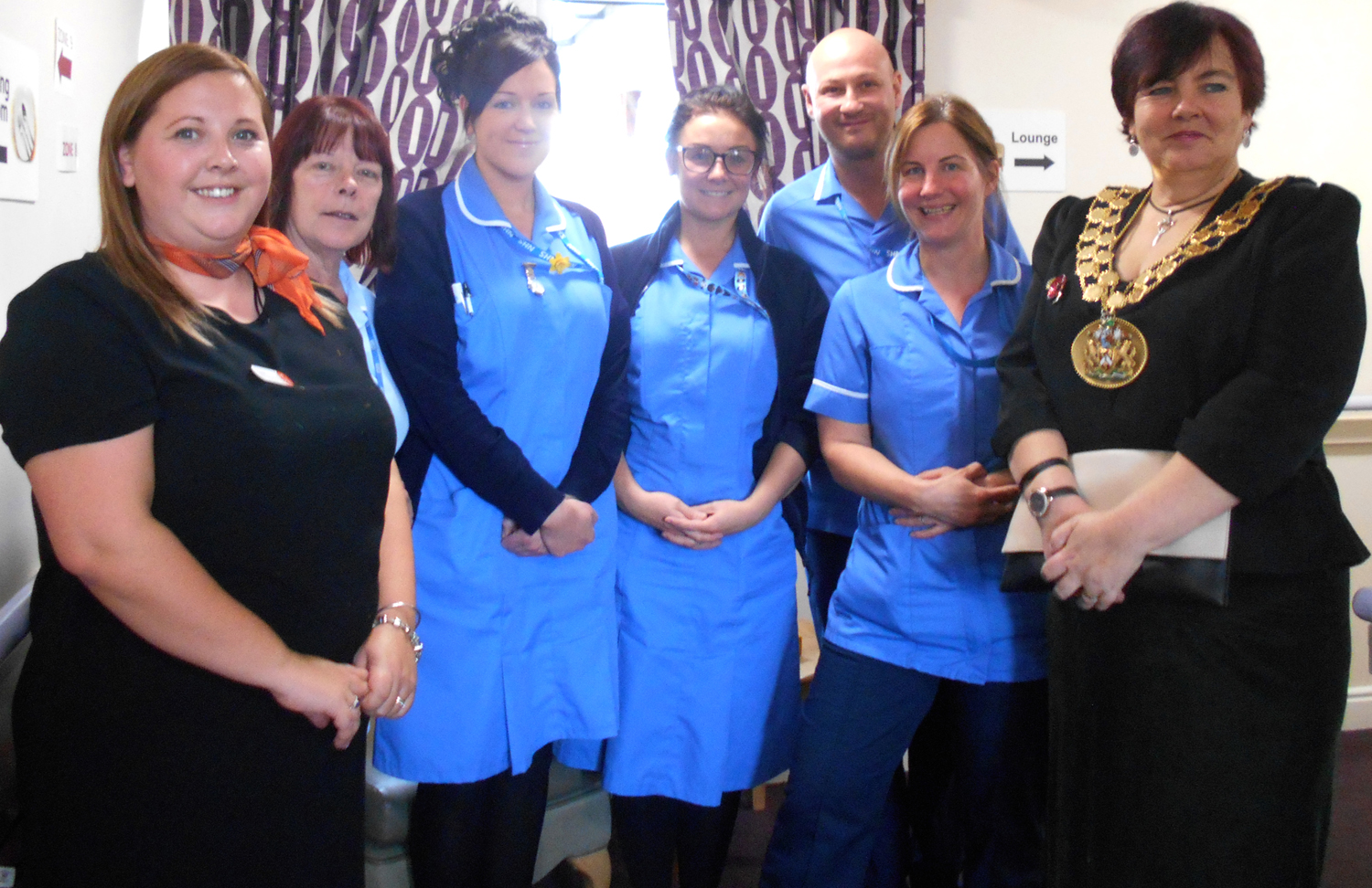 Mayor Joins in Care Home Celebrations