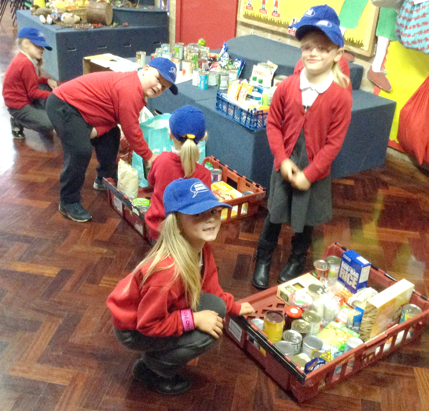 Horndale Schoolchildren Collect for Foodbank