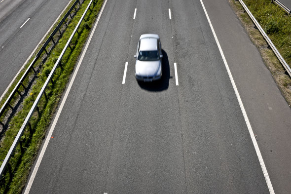 Middle-Lane Hoggers Cause Longer Motorway Journey Times