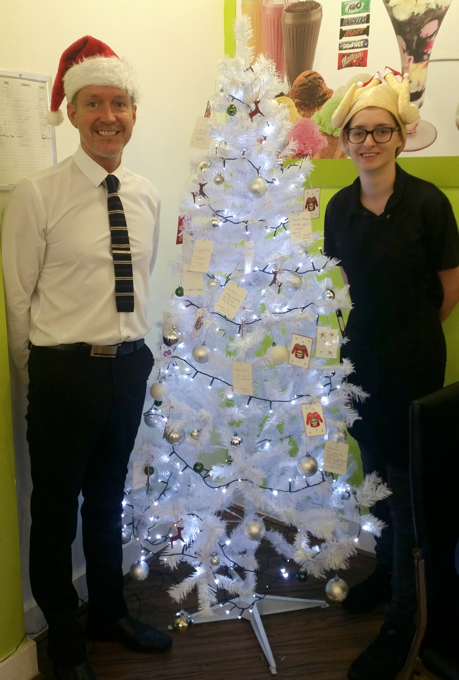 Memory Tree at Coffee Pronto Helps Hospice