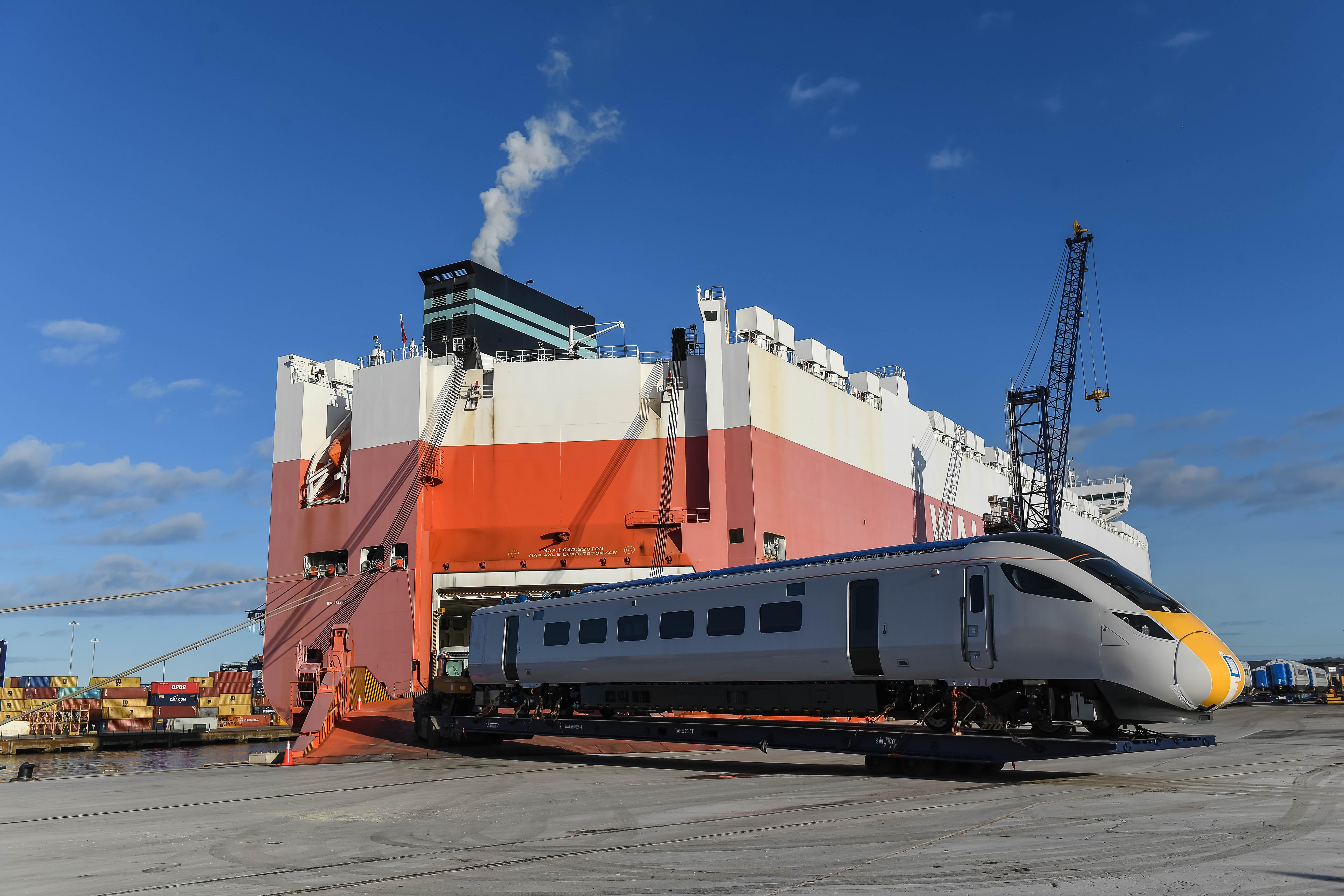 New Azuma Trains Arrive at UK Port