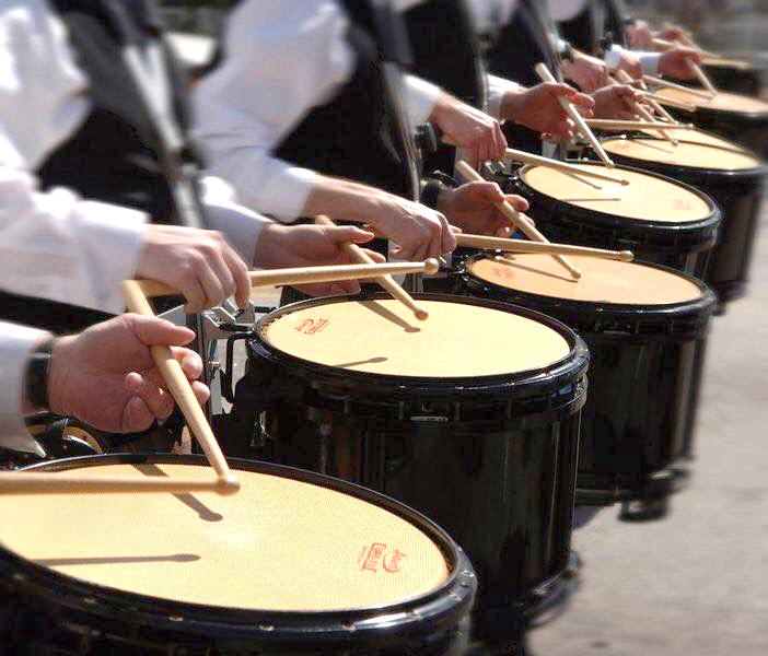 Town's Pipe Band Recruiting Drummers