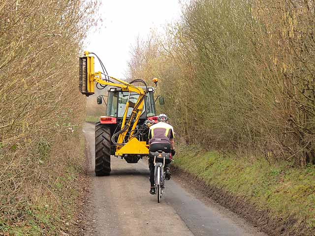 Forum Asks Landowners to Help Cyclists