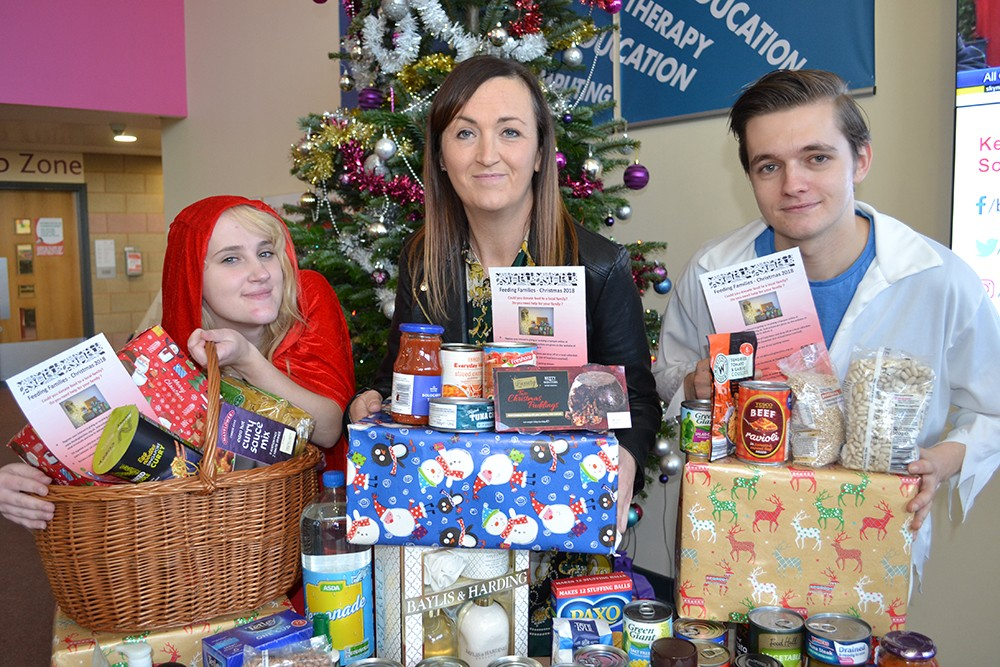 College Supports Xmas Hamper Campaign