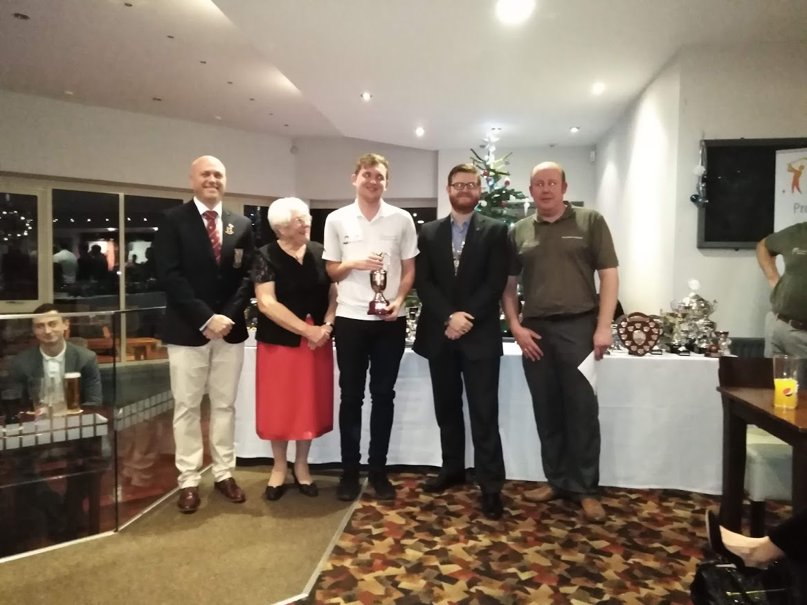 Rotary Club Honour Young Golfers
