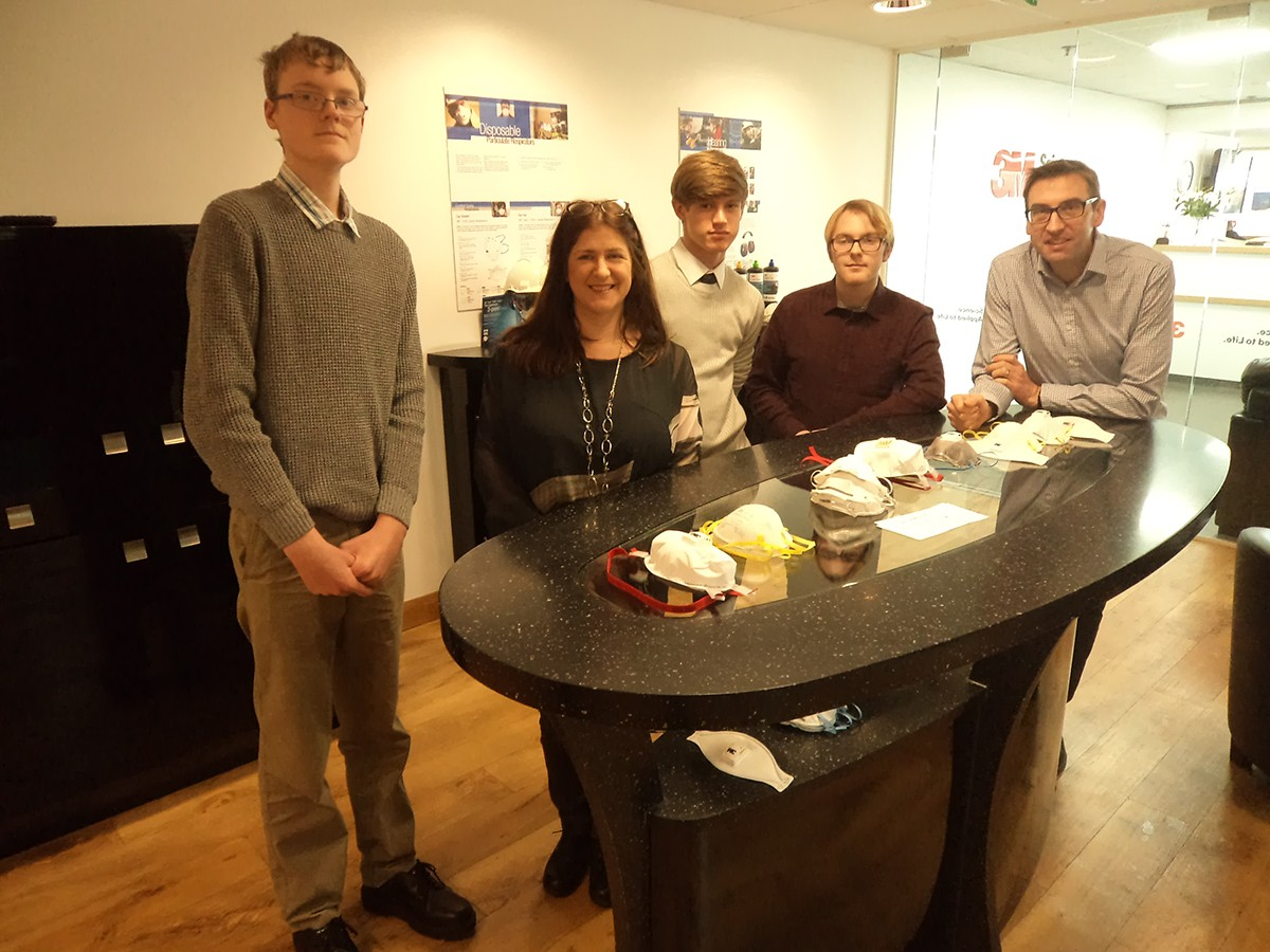 Young Engineers Visit 3M for British Science Week
