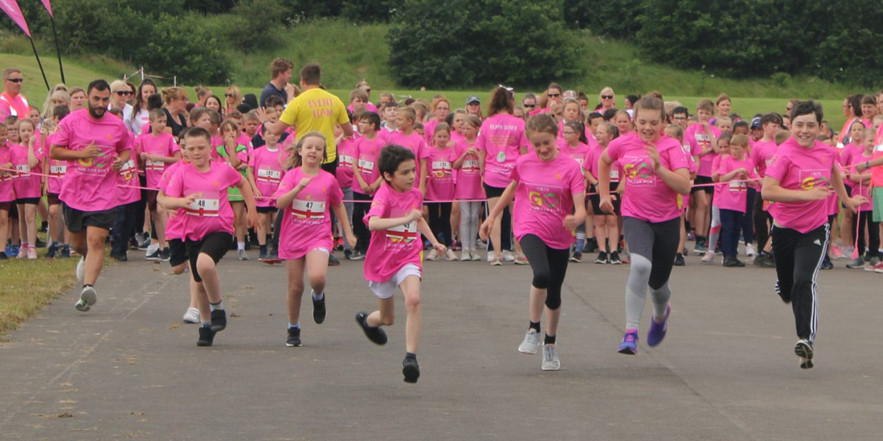 World Champion Richard Kilty Supports 500 Children in Mass Fun Run