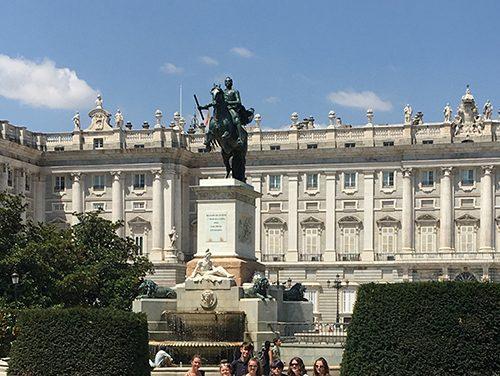 Challenge Espana for King James Students