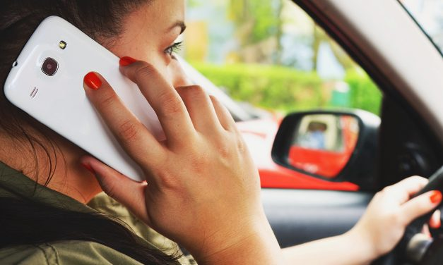 Does Phone Use While Driving Drive you Round the Bend?