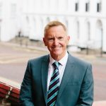 Chief executive of leading council announces retirement