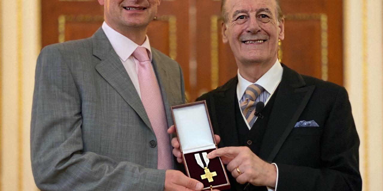 Simon Awarded 'The Order of Mercy'